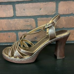 MUDD Brown Heels With Straps Size 10